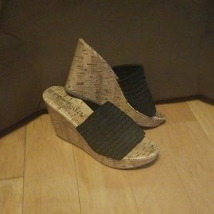 Slide wedges